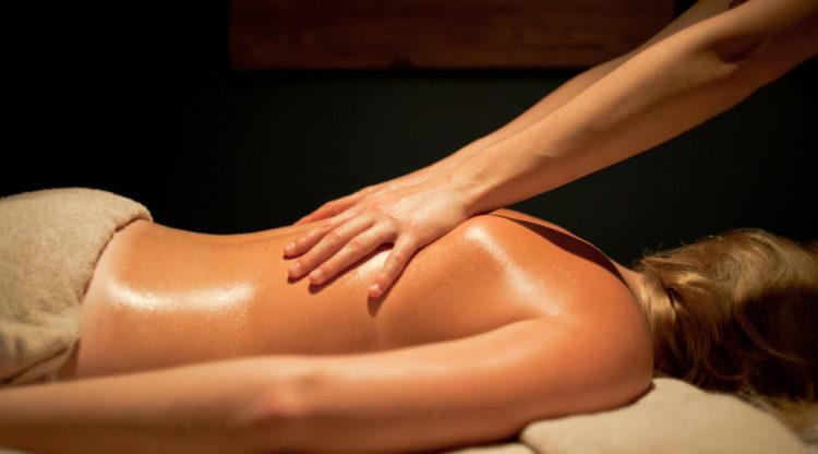 massage-e1550258085457_73d3a6cb147a592302a26c2d0acd4e2a